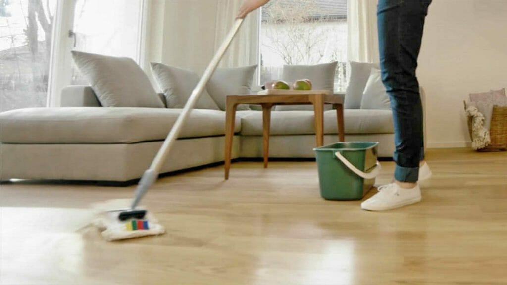 mantener y limpiar suelo de vinilo