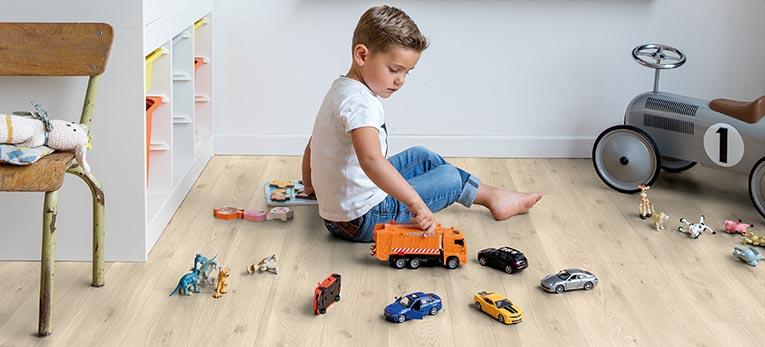 suelos laminados para niños pequeños