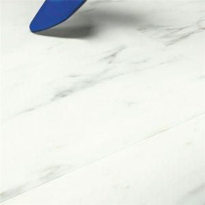 Quick Step VINILO - ALPHA VINYL TILES | AVST40136